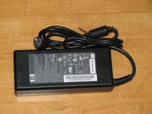 Блок питания для ноутбуков HP-Compaq 19V 4.74A, разъем 7.4/5.1mm с центр. пином (оригинальный)